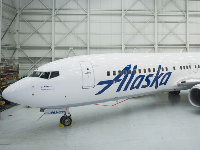 An Alaska Airlines 737-800 painted in the new livery.