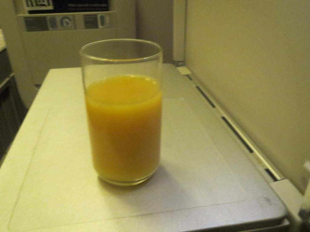 BA business class pre-departure beverage