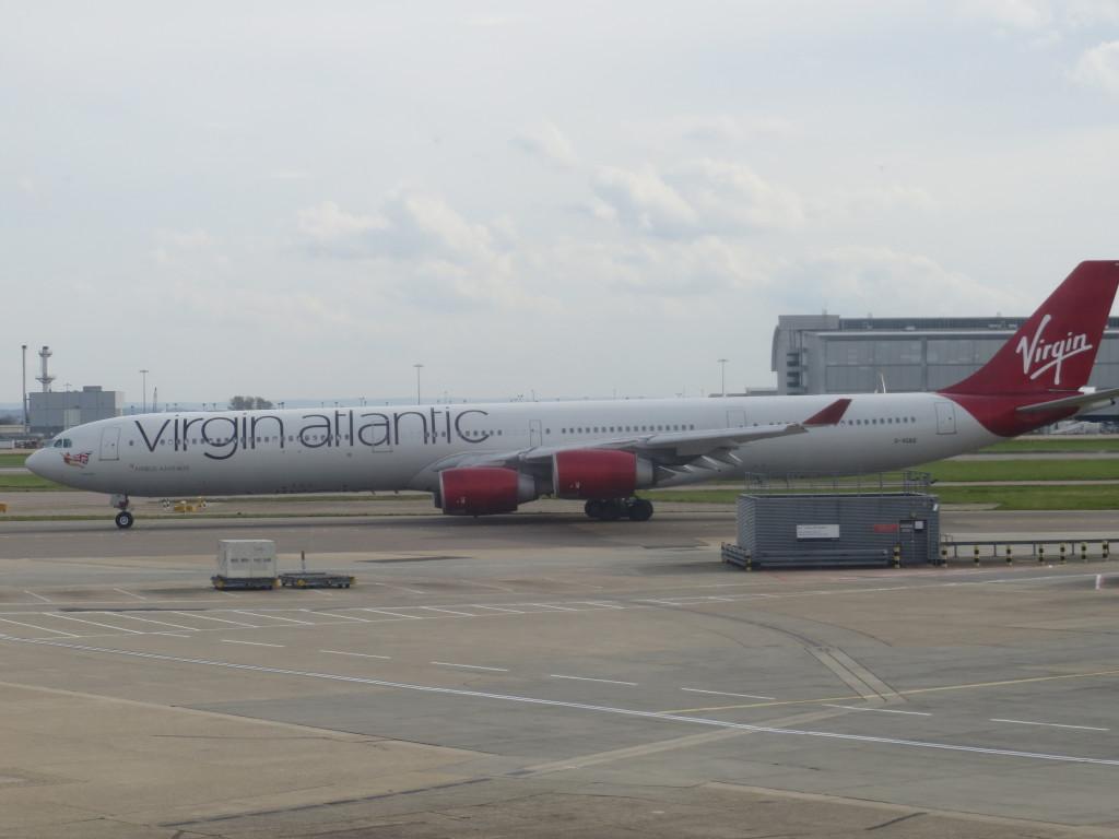 Virgin Atlantic A340 at LHR