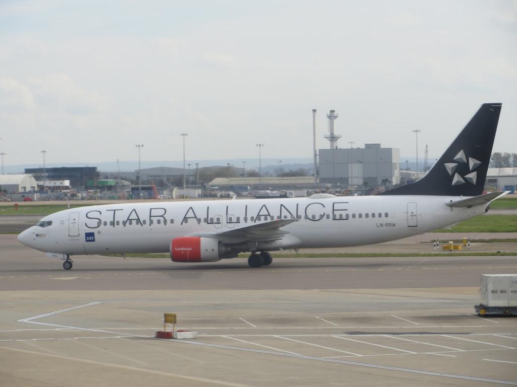 SAS 737 in Star Alliance livery
