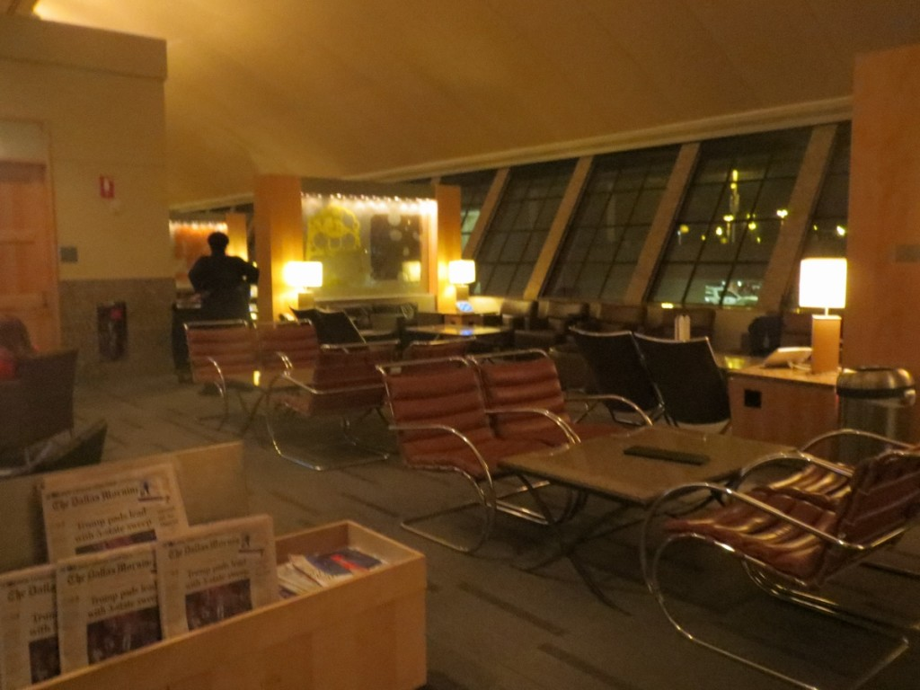american_airlines_admirals_club_dallas_terminal_a_review_trip_report_6