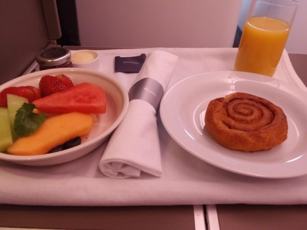 british_airways_ba_a380_business_class_club_world_food_breakfast_3