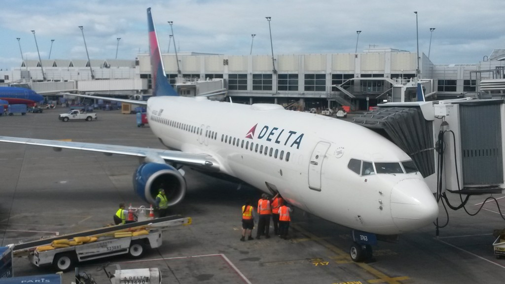 N3763D, a 737-800 delivered to Delta in 2001, rests between flights