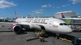 """Virgin Atlantic 787-9 """"Olivia Rae"""" before departure for London"""